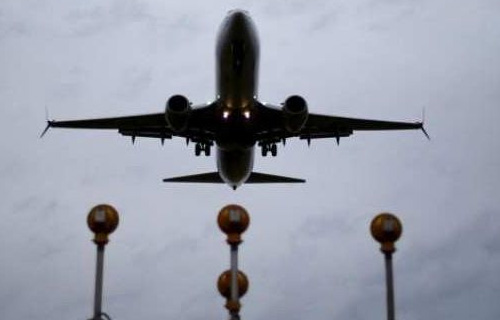 USA asks its airlines to avoid Pakistan airspace